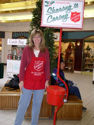Chris Kellett Salvation Army Bell-ringing Brainerd Minnesota MN