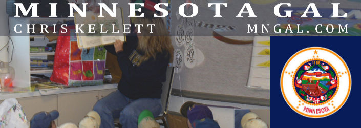 Chris Kellett reading to children at Head Start Brainerd MN
